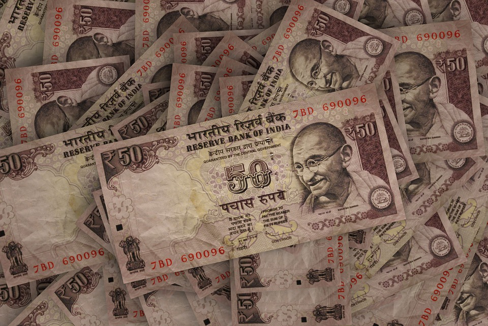 """Maitreesh Ghatak, """"Is India Ready For A Universal Basic Income Scheme?"""""""