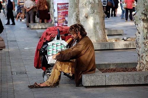 SPAIN: Barcelona prepares study of Guaranteed Minimum Income