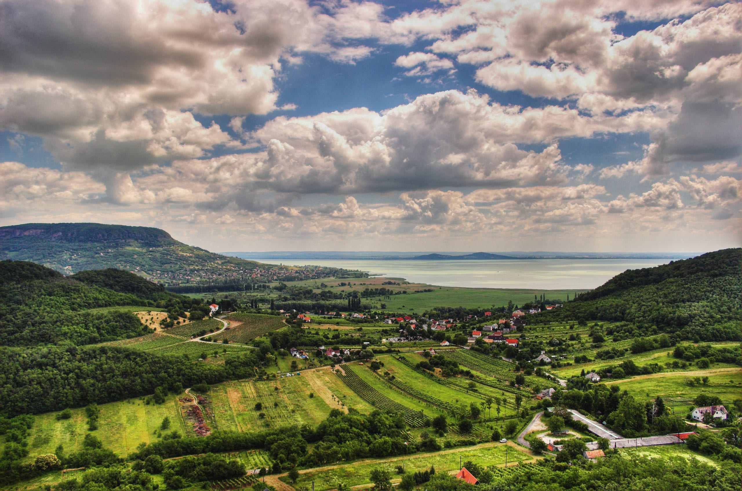 Hungary: Basic income related activity in Hungary