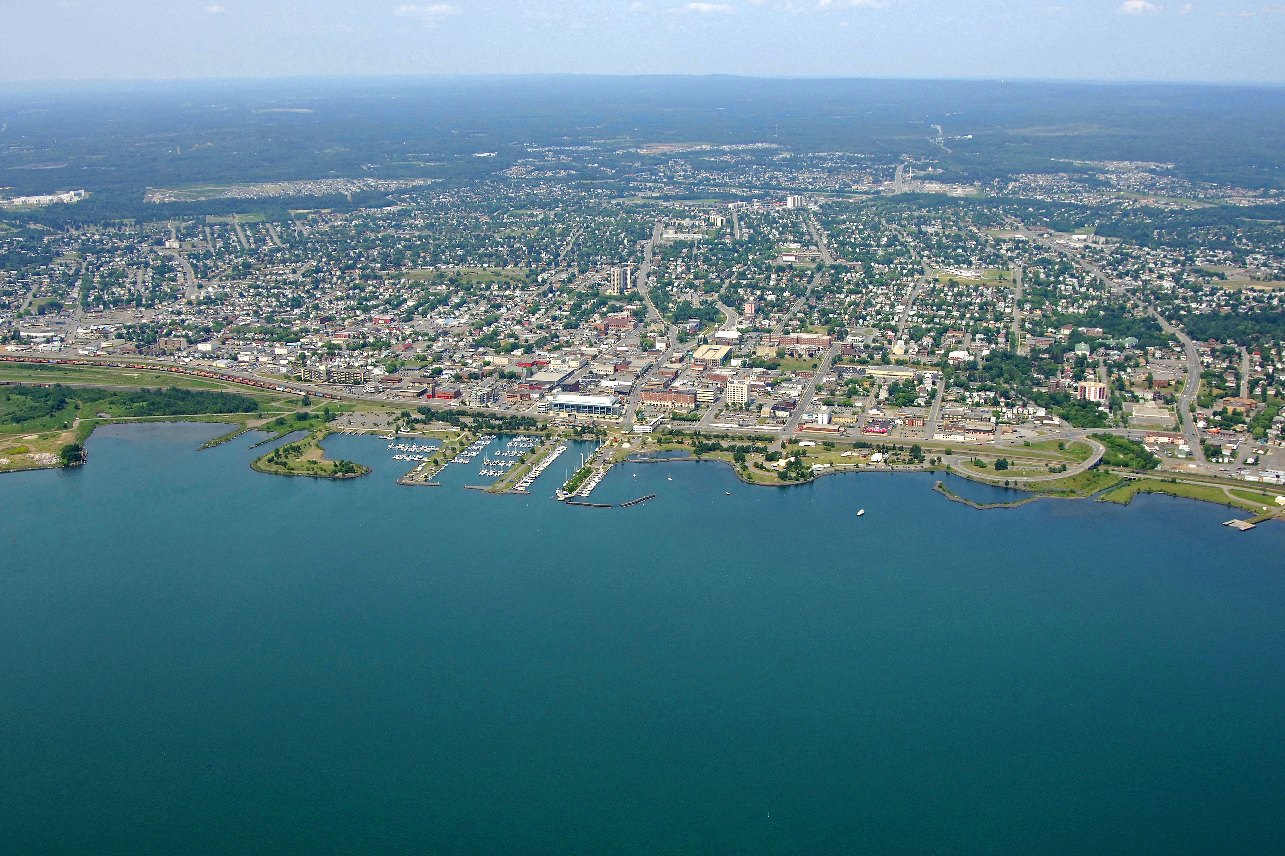 Canada: Political candidates in Thunder Bay discuss Basic Income